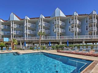 New Listing! Splendid 1BR Galveston Condo w/Private Balcony, Ocean Views & Access to Community Pool, Hot Tub + Beach Area - Minutes to Moody Gardens, Schlitterbahn, The Strand & More!