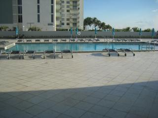 pavilion condo, Miami Beach