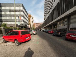 Apartments close to Santiago Bernabeu