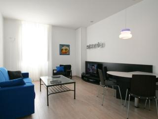 Trastevere Luna apartment in Trastevere with WiFi & airconditioning., Rome