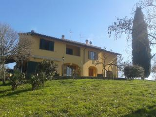 Private Room - Country House - 5 Km from Arezzo!
