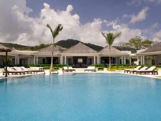 Infinity at the Tryall Club - Ideal for Couples and Families, Beautiful Pool and