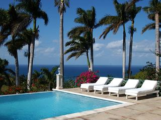Vista Del Mar at the Tryall Club - Ideal for Couples and Families, Beautiful Pool and Beach, Montego Bay