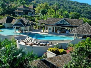 Ideal for Large Groups, Chef & Butler, Infinity Pool, Tennis Court, Exclusive Gated Community, Montego Bay