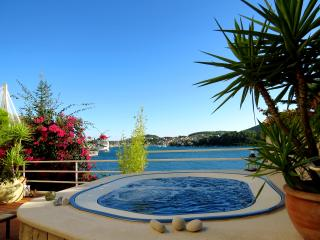 Spacious villa for 6, Dubrovnik Croatia