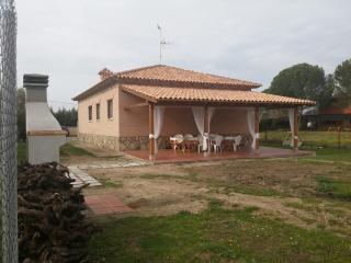 CHALET INDEPENDIENTE JUNTO AL RIO ALBERCHE, El Casar de Escalona