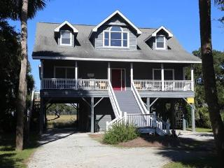 "901 Jungle Shores Dr.- ""Thompson"", Isla de Edisto"