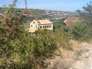 Apartment Vettore, Villa Rosa Bianca, Montefiore dell'Aso