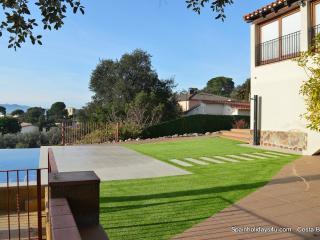 Villa Brisa 7 persons, with pool and seaview, Santa Cristina d'Aro
