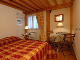 Location Appartement Trois Pièces Paris