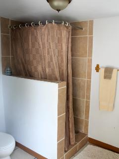 2nd bathroom with hot water and fresh linens.