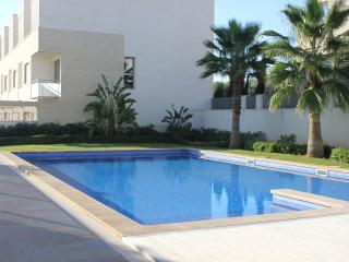 BLAU D'OR  amazing 3 bedrooms apartment with pool, Porto Colom