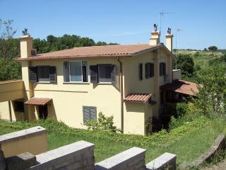 Appartamento in villa quadrifamigliare, Calcata