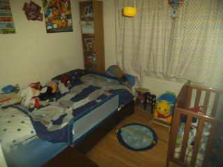 2nd bedroom with standard double bed
