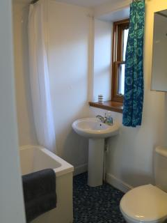Ensuite with Japanese bath and shower over.