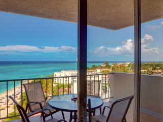 2 Bedrooms 2 Bath New Luxury Ocean Front Condo, Montego Bay