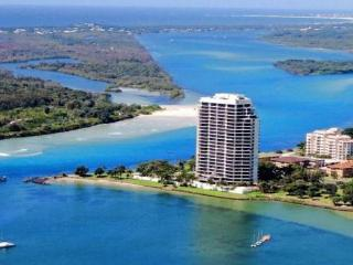 Simply Stunning 1201 Seascape Luxury Apartment, Tweed Heads