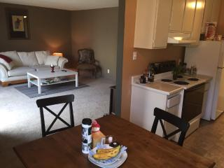 Furnished Condo at Gateway Dr & Imperial Dr Pacifica