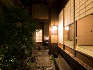Large, exquisite, luxuriously restored 120-year old machiya in old Kyoto