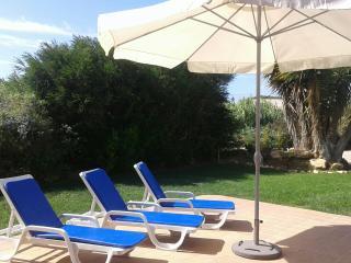 Villa Sagres-Casa con piscina, ideal para familias