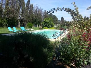 Mazet de Nicolai avec piscine privee