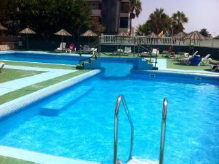 Apartamento in hotel con piscina a las América., Costa Adeje