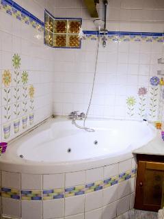 Cuarto de baño completo con Jacussi