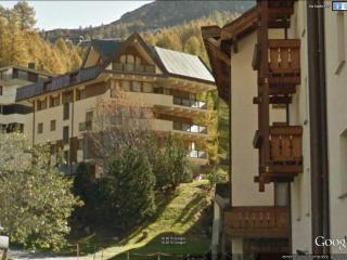 Three-room apartment in Cervinia Center