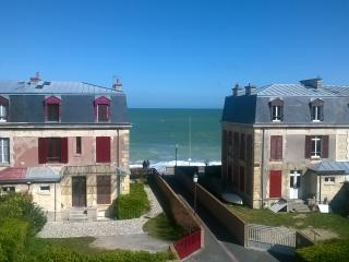 Beautiful beach house, Saint-Aubin-Sur-Mer