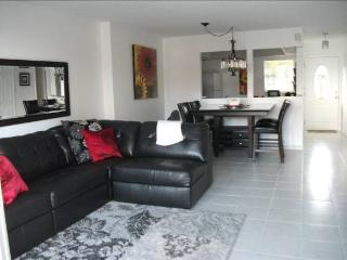 Condo for rent sooner you book, greater discount!, Miami