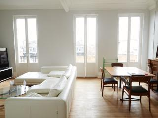 Bel Appartement 110m2 Cours Victor Hugo, Bordéus