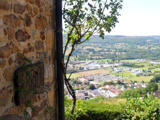 GITE AVEC VUE PANORAMIQUE EXCEPTIONNELLE, Saint-Cere