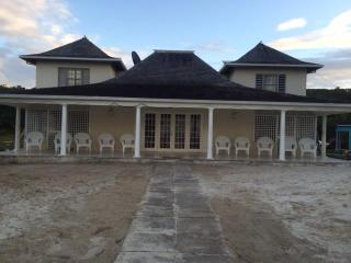 beachfront villa, Portmore