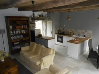 Character cottage close to  Dinan and the coast, Corseul