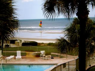 Fabulous Ormond/Daytona Florida Vacation Condo, Ormond Beach