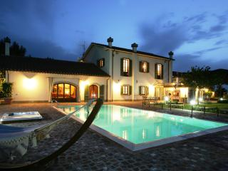 Le Betulle Luxury Villa in Tuscany, Grosseto