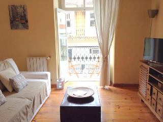 Classy, Charmy flat at Chiado, historical building