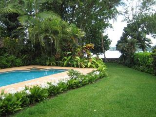 SPRING SPECIAL - Erakor Lagoon Holiday House, Port Vila