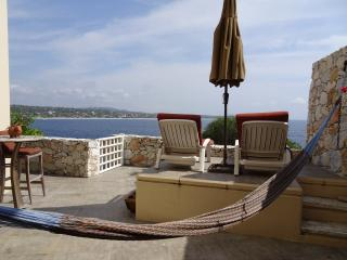 Puerto's Best Condo Luxury Ocean view 2 BR, 2 Bath, Puerto Escondido