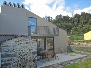 Furnas Valley design house (4br)