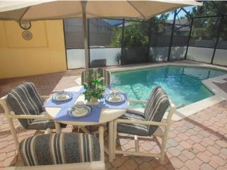 119PB. Lovely 4 Bed 3 Bath Townhome With Private Pool