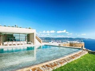 Luxury Villa Rental in on the Cote d'Azur Le Lavandou - Villa Faviere