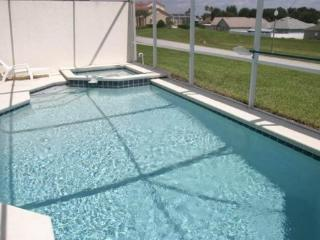 Pet Friendly 4 Bedroom Pool Home in Gated Community. 619BD, Orlando