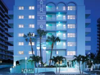 Beach Front Resort! 2 bedroom, Miami Beach