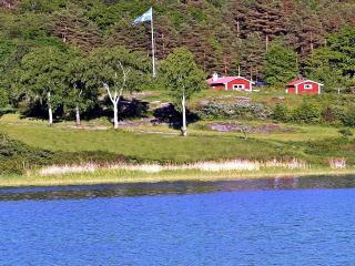 Oceanfront Archipelago Seawiew own bathingshore, Valdemarsvik