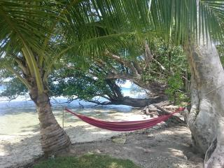 Cool breezes, soft sounds, perfect harmony... Swing into your best vacation at Aore Point!