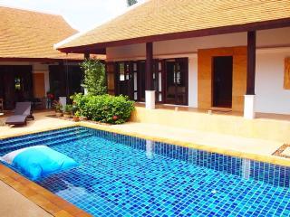 Phuket Luxury 4 Bed Pool Villa, Thalang District