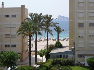 Benidorm. Apartamento en playa Poniente., 2a. linea playa.