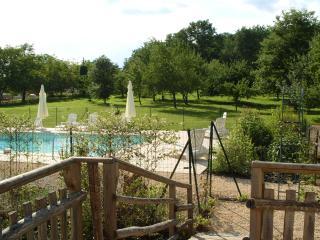 3 salle de bains Chambre cottage avec piscine, dans le village., Meyrals