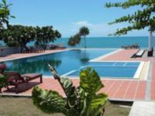 Khanom Beach Resident 1 bedroom Apartment on the B